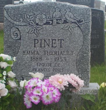emma theriault pinet