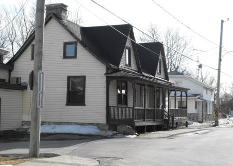 Caughnawaga, Quebec | Mohawk home