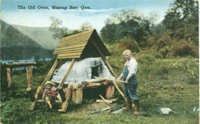 Retro Vintage Postcard: Murray Bay (Malbaie) Quebec | Quebec Habitant stands in front of traditional oven - child sits on the side