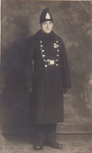 vintage police uniform | Montreal