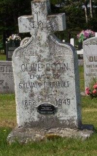Headstone: THERIAULT    St. Joachim, Bertrand   New Brunswick Cemeteries