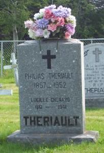 Headstone: CHENARD  | St. Joachim, Bertrand | New Brunswick Cemeteries