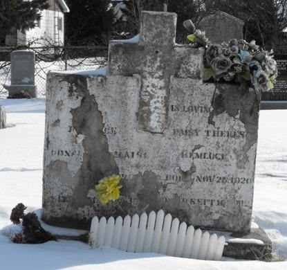Caughnawaga Genealogy / Kahnawake / Mohawk Iroquois Indian Headstone