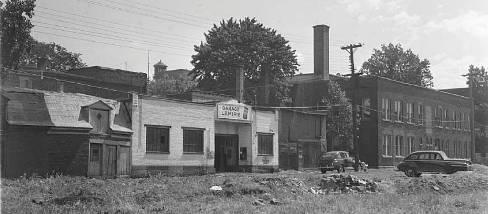 classic cars 1946 | Vintage garage WWII | Lemire Family Tree | Quebec Lemieux Genealogy