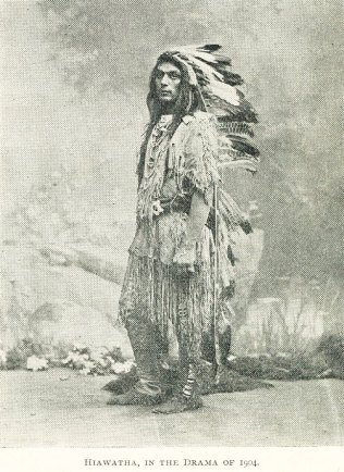 American Indian Medicine Shows | Chief i full regalia including full lenghth feathered headress