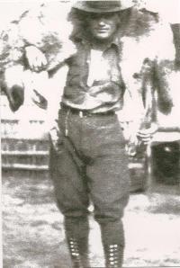 Leon Tekarihoken Rice b 1899 Caughnawaga Mohawk