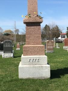 Headstone: LETOURNEAU | St. Constant | Quebec Cemeteries