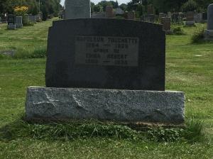 Headstone:     Cimetière de la Paroisse Saint-Clément, Beauharnois    Quebec Cemeteries