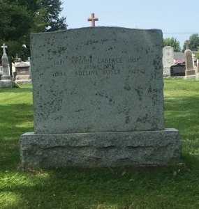 Headstone: LABERGE  | Cimetière de la Paroisse Saint-Clément, Beauharnois  | Quebec Cemeteries