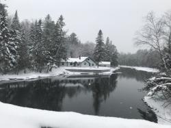 Beauvais Cabin | Canadien Beauvais | Maine
