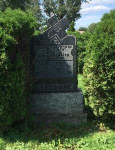 Headstone: QUEVILLON  | Cimetière de la Paroisse Saint-Clément, Beauharnois  | Quebec Cemeteries