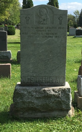 Headstone: LEBLOND  | Cimetière de la Paroisse Saint-Clément, Beauharnois  | Quebec Cemeteries