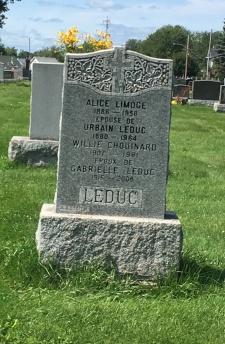 Headstone: LIMOGE | Cimetière de la Paroisse Saint-Clément, Beauharnois  | Quebec Cemeteries